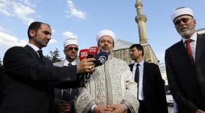 gormezden-celebi-sultan-mehmet-camisine-ziyaret-133914